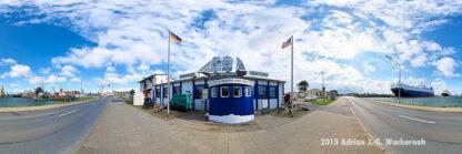 Produktbild Bremerhaven Die letzte Kneipe vor New York © 2015 Adrian J.-G. Wackernah - 000440