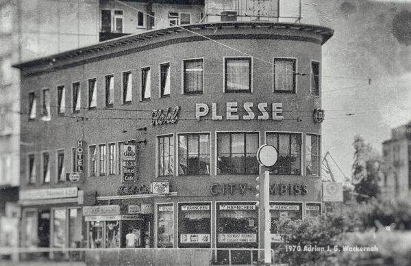 Produktbild Bremerhaven Hotel Plesse © 1983 Adrian J.-G. Wackernah - 000128
