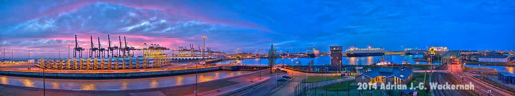Panorama Bremerhaven Fotos – Produktbild Bremerhaven Osthafen Panorama © 2014 Adrian J.-G. Wackernah - 000535
