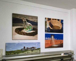 Beispielbild von der Ausstellungswand im Atelier An der Mühle