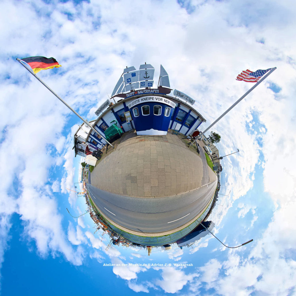 Bremerhaven Die letzte Kneipe vor New York © 2015 Adrian J.-G. Wackernah - 000441