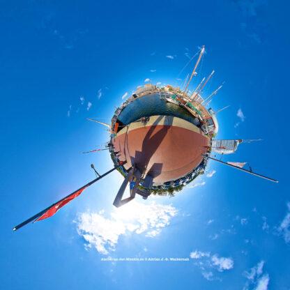 Bremerhaven Neuer Hafen © 2015 Adrian J.-G. Wackernah - 000466