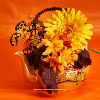 Teeblumen Kanne mit Azalee © 2017 Ilona Weinhold-Wackernah - 000774
