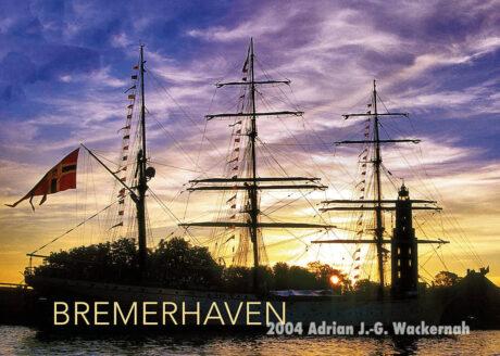 Postkarte Bremerhaven Segler im Sonnenuntergang © 2004 Adrian J.-G. Wackernah