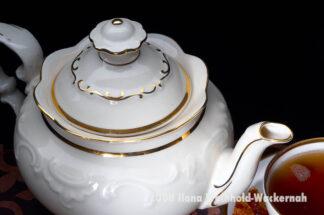 Fotografie Tee-Genuss Goldrand natur von oben © 2008 Ilona Weinhold-Wackernah