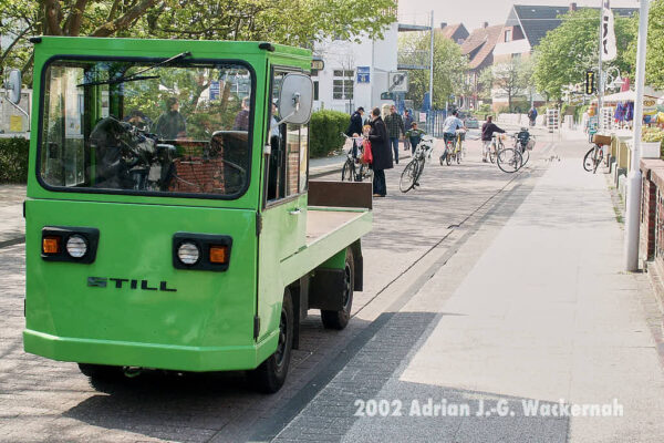 Fotografie Wangerooge Elektrokarren © 2002 Adrian J.-G. Wackernah