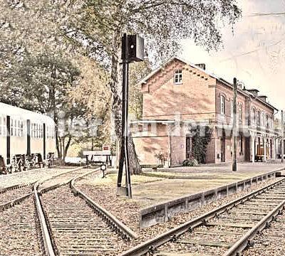 Fotografie Kompositionen Bederkesa Bahnhof © 2018 Adrian J.-G. Wackernah - 001041