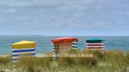 Fotografie Borkum Drei Strandzelte © 2003 Adrian J.-G. Wackernah - 001102
