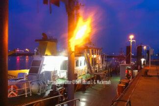 Fotografie Bremerhaven Lotse © 2014 Adrian J.-G. Wackernah - 001069