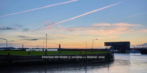 Fotografie Bremerhaven Alter Vorhafen © 2016 Adrian J.-G. Wackernah - 001195