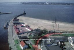 Produktbild Bremerhaven Blick vom Radarturm auf Mole © 1990 Adrian J.-G. Wackernah - 001231