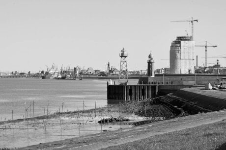 Produktbild Bremerhaven Entstehung Sail City Hotel © 2007 Adrian J.-G. Wackernah - 001232 1