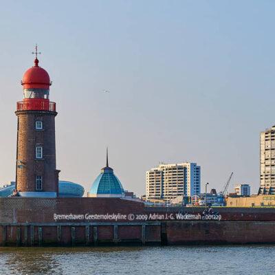 Produktbild Bremerhaven Geestemoleskyline © 2009 Adrian J.-G. Wackernah - 001229