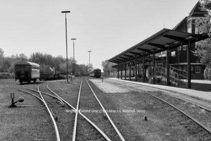 Produktbild Wangerooge Bahnhof Gleise © 2017 Adrian J.-G. Wackernah - 001227