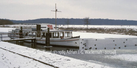 Kunstwerk Fotografie Bederkesa Am Kanal © 1989 Adrian J.-G. Wackernah - 001248