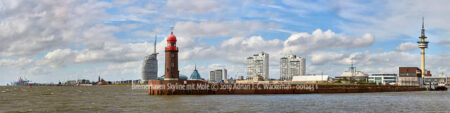 Produktbild Panoramafotografie Bremerhaven Skyline mit Mole © 2019 Adrian J.-G. Wackernah - 001243 1
