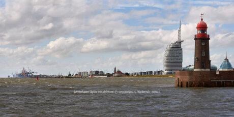 Produktbild Bremerhaven Skyline mit Moleturm © 2019 Adrian J.-G. Wackernah - 001242